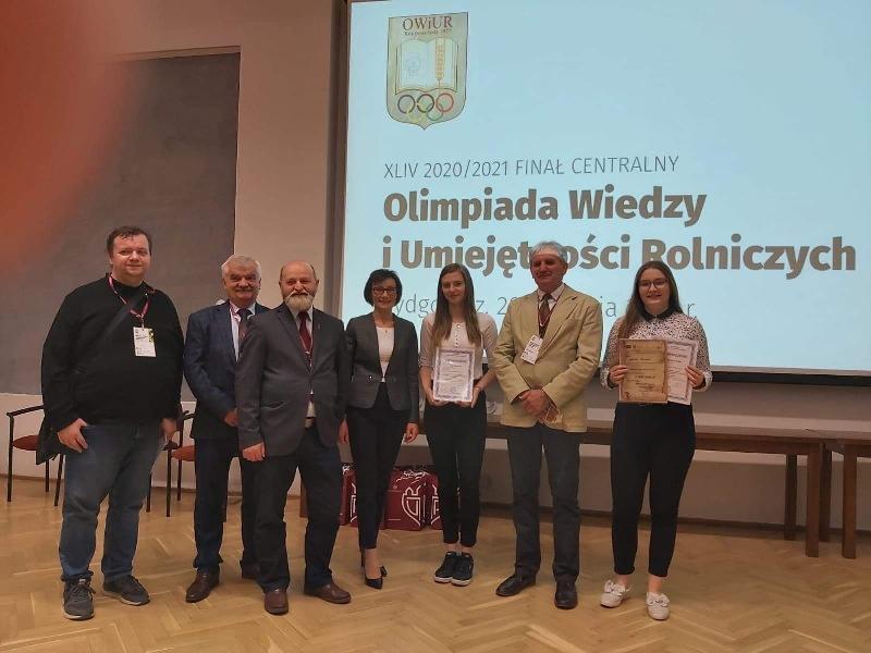 Sukces naszych uczennic na olimpiadzie etap centralny